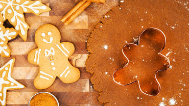 Decorating Holiday Cookies